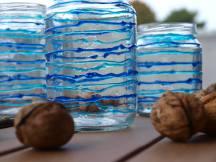 blaue Laternen aus leere Gläser